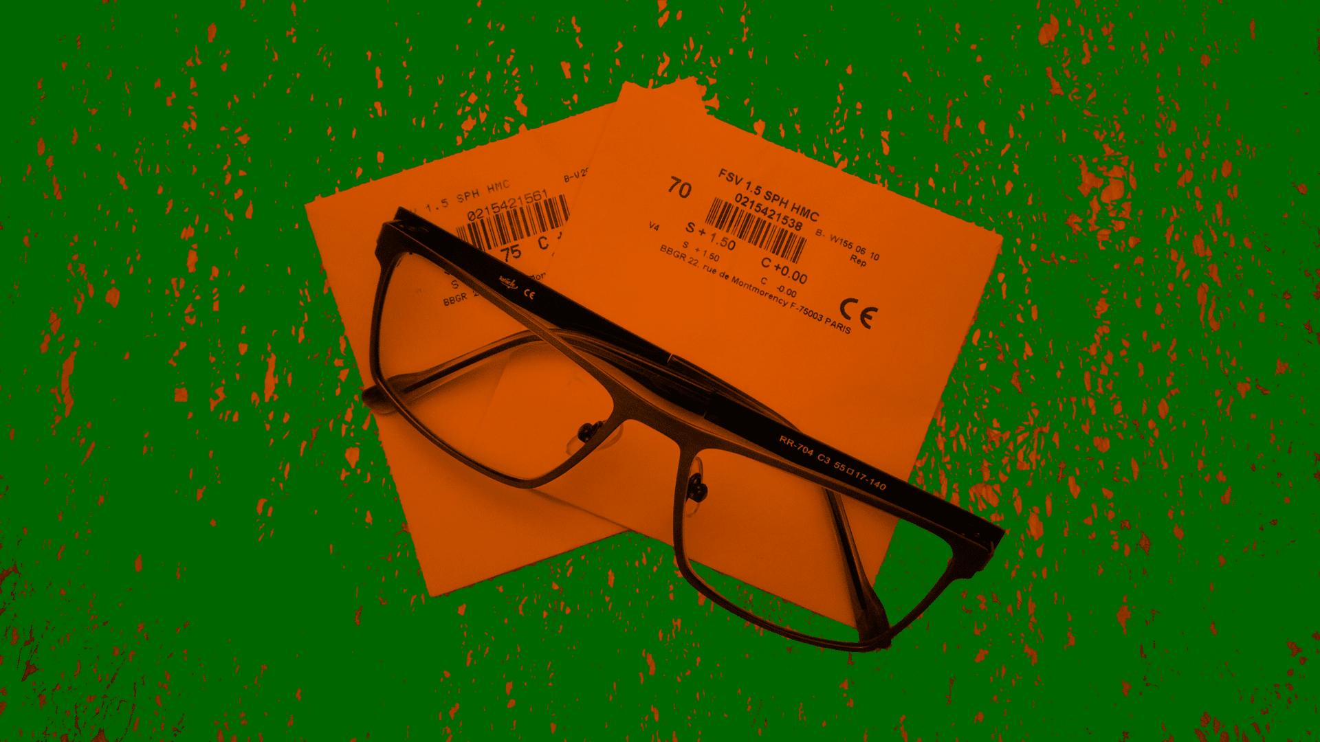 Купить очки для зрения в Екатеринбурге всего за 3490 рублей реально. Зайдите в САГА-ОПТИКА.